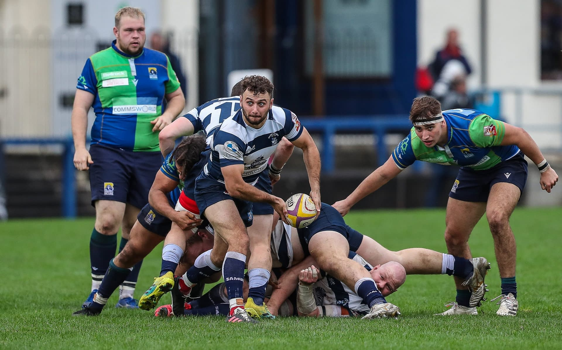 Heriots Lloyd Wheeldon passes from the base of a ruck.FOSROC Super 6 match between Heriot's Rugby and Boroughmuir Bears at Goldenacre, Edinburgh on 09/10/2021. (Photo: 39 Design Photography)